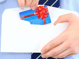 Кредитная карта почтой: как выбрать лучшую, и как ее получить